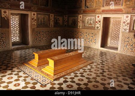 Tombs inside Jewel box or Baby Taj, Mausoleum of Etimad-ud-Daulah Agra India - Stock Photo