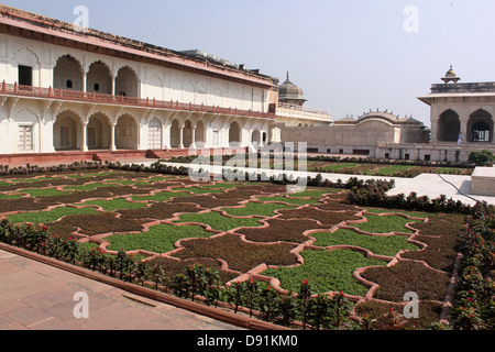 Courtyard garden made by shah jahan in Agra fort , UNESCO World Heritage site Agra, Uttar Pradesh, India - Stock Photo