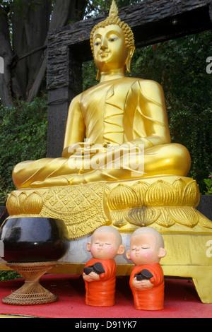 Bangkok Thailand Pom Prap Sattru Phai Wat Saket Ratcha Wora Maha Wihan Buddhist temple Golden Mount statue gold - Stock Photo