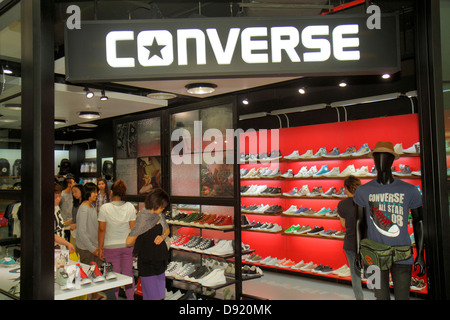 675f8845e1c5 ... Bangkok Thailand Pathum Wan Rama 1 Road Siam Center centre Discovery  complex mall shopping Converse shoes