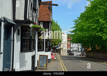 15th century The Boars Head pub, Windhill, Bishop's Stortford, Hertfordshire, England, United Kingdom - Stock Photo