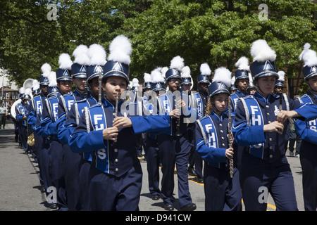 High School marching band, Memorial Day Parade, Bay Ridge, Brooklyn, NY. - Stock Photo