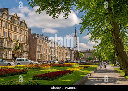 Harrogate in North Yorkshire formerly the West Riding of Yorkshire. The Gardens in the centre of Harrogate. - Stock Photo