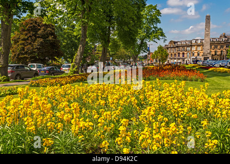 Harrogate in North Yorkshire formerly the West Riding of Yorkshire. The Cenotaph. The North of England. - Stock Photo
