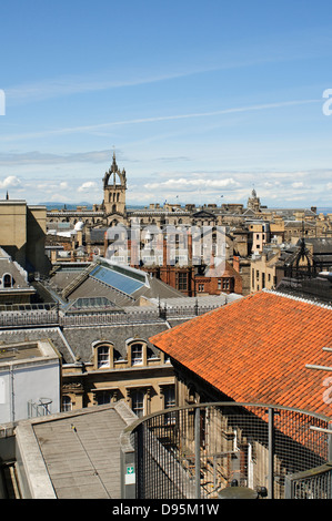 View of the Edinburgh skyline and St. Giles Cathedral from the Roof Terrace of the National Museum of Scotland. - Stock Photo