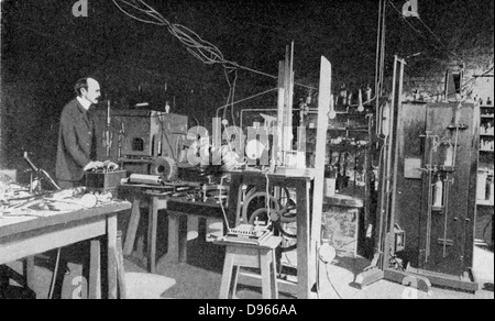 JJ (Joseph John) Thomson (1856-1940) British physicist: discoverer of Electron and pioneer of nuclear physics.  - Stock Photo