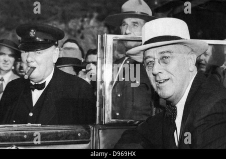 Franklin Delano Roosevelt (1882-1945) 32nd President of the USA (right) and Winston Churchill (1874-1965) British - Stock Photo