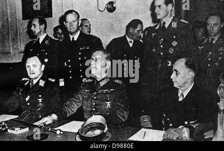 German services chiefs sign the surrender May 8, 1945.  Above, L to R, P.F. Stumpf, appointed C.-in-C, the Luftwaffe - Stock Photo