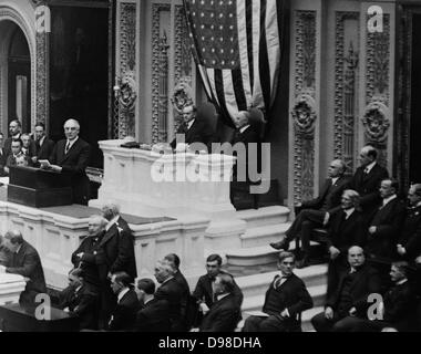 Warren Harding (1885-1923) 29th President of the United States of America , 1921-1923. Harding addressing Congress - Stock Photo