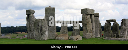 Stonehenge is a prehistoric monument located in the English county of Wiltshire, one of the most famous sites in - Stock Photo