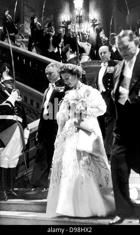 Queen Elizabeth II of the United Kingdom on a state visit to Paris in 1957, at the Elysee Palace with President - Stock Photo