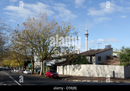 Private homes in Ponsonby in Auckland city, New Zealand - Stock Photo