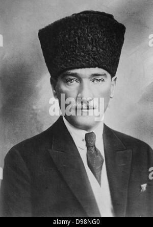 Mustafa Kemal Ataturk (1881-1938) Turkish army officer and revolutionary. Founder and first President of the Turkish - Stock Photo