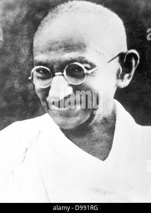 beowulf vs mohandas gandhi Revered the world over for his nonviolent philosophy of passive resistance,  mohandas karamchand gandhi was known to his many followers as mahatma,  or.