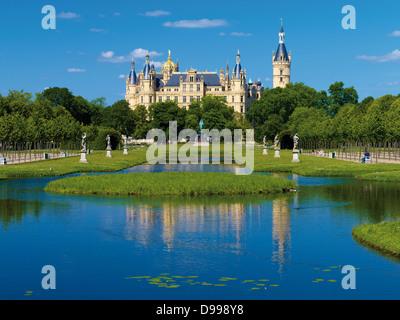 Schwerin Castle, Mecklenburg-Western Pomerania, Germany - Stock Photo