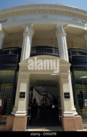 Versace boutique, Two rodeo, noble shopping street rodeo drive, Beverly Hills, Los Angeles, California, the United - Stock Photo