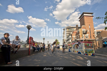 View along the South Bank, London. - Stock Photo