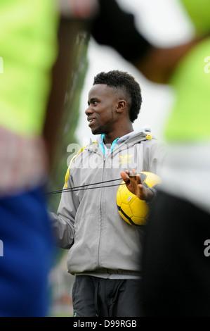Gael Bigirimana, Burundi born football player training in Coventry with Burundi born amateur players. - Stock Photo