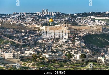 The Temple Mount, also know as Mount Moriah in Jerusalem, Israel  It is located in the Old City in Jerusalem and - Stock Photo