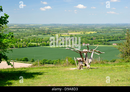 Oxon - Chiltern Hills - from Beacon HIll - landscape with modern sculpture - overlooking countryside + Aston Rowant - Stock Photo