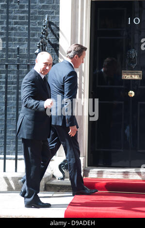 London, UK - 16 June 2013: Prime Minister David Cameron meets Russian President Vladimir Putin in 10 Downing Street - Stock Photo