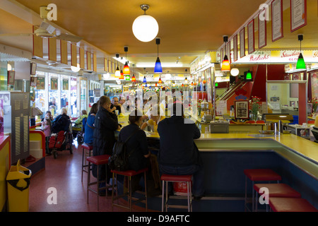 Interior of Alonzi's harbour bar a famous ice cream parlour in Scarborough which is virtually unchanged since it - Stock Photo