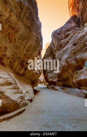 Al-Siq - passage to Petra in Jordan - Stock Photo