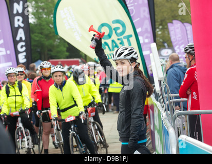 VICTORIA PENDLETON starts off a women's only charity bike ride (Cycletta) in Cheshire - May 2013 - Stock Photo