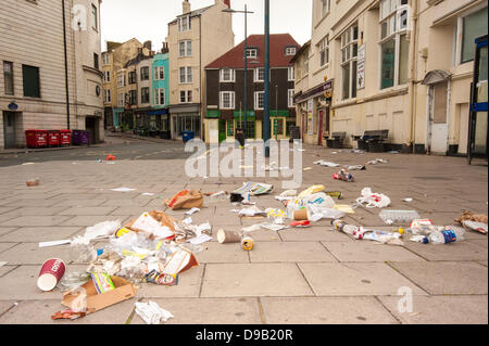 Brighton, UK. 17th June, 2013. Sin Bin City -Rubbish strewn streets in Brighton.  The city's cleaners are on strike - Stock Photo