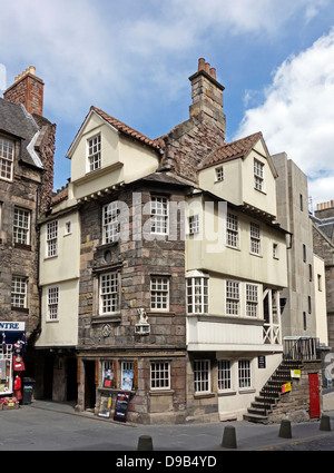 John Knox House & the Scottish Storytelling Centre In High Street The Royal Mile Edinburgh Scotland - Stock Photo