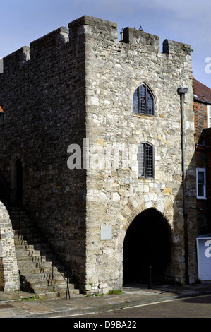 Westgate, City Walls, Southampton, Hampshire, England, UK, GB. - Stock Photo