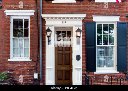 Town house in historic Old Town, Alexandria, Virginia, USA - Stock Photo