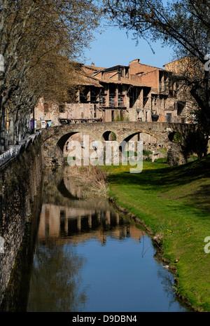 River,  Meder, Bridge, Old, Ancient, Queralt, Romanesque, adoberies,  Vic, Osona, Barcelona, Catalonia, Spain, Europe - Stock Photo