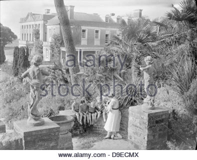 Life at the Tapley Park Children's Home (the Chaim Weizmann Home), Instow, Devon, October 1942 D10556 - Stock Photo