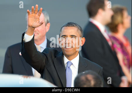 Berlin, Germany. 18th June, 2013. US President Barack Obama waves as he arrives at Tegel Airport in Berlin, Germany, - Stock Photo