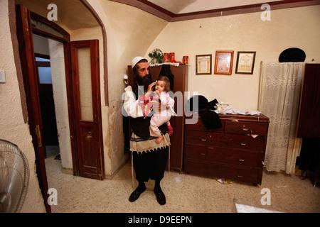 Jewish Neturei Karta ultra-orthodox anti-zionist rabbis in ...