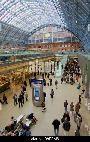 St. Pancras Railway Station, London, England, UK - Stock Photo