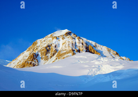 Mount McKinley, 6194m, highest mountain in North America, Denali National Park, Alaska, USA - Stock Photo