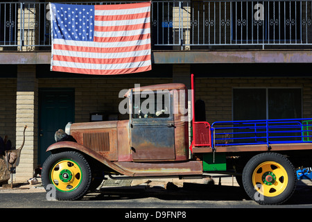 Old truck and American flag, Cave Creek, Arizona, USA - Stock Photo