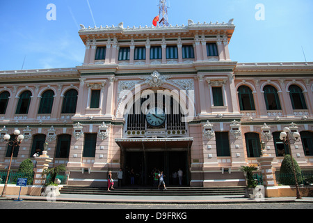 Central Post Office, Ho Chi Minh City (Saigon), Vietnam, Indochina, Southeast Asia - Stock Photo