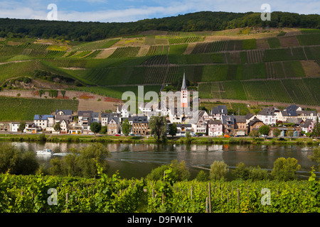 Bernkastel-Kues in the winegrowing center of the Moselle, Rhineland-Palatinate, Germany - Stock Photo