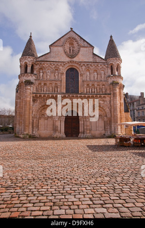 Eglise Notre Dame la Grande in central Poitiers, Vienne, Poitou-Charentes, France - Stock Photo
