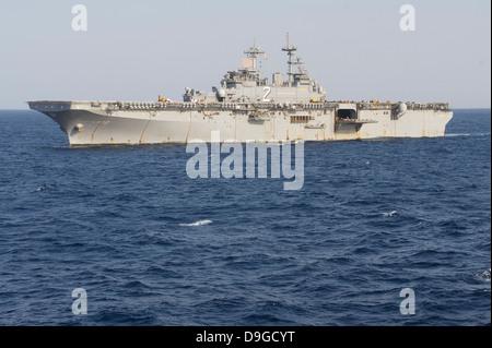 The amphibious assault ship USS Essex. - Stock Photo