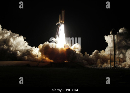 space shuttle launch july 4 2006 - photo #22
