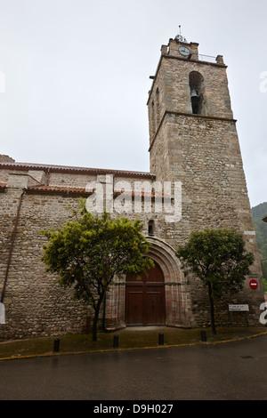 sant esteve de st stephens baga medieval catalonia spain - Stock Photo
