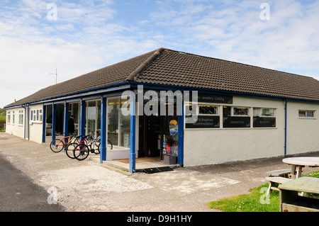 The Finlay Ross  Island shop in the village of  Baile Mòr on the isle of iona. - Stock Photo