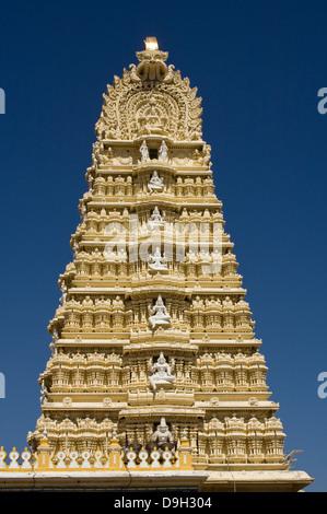 Asia, India, Karnataka, Mysore, Chamundi Hill, Chamundeswari Temple