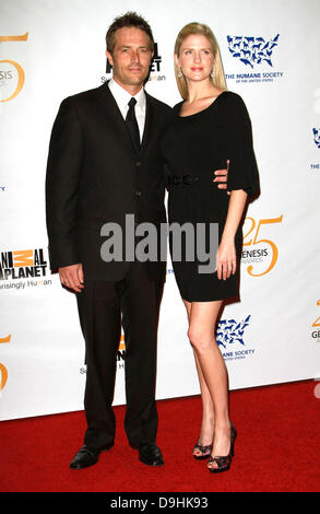 Michael Vartan and Lauren Skaar 25th Anniversary Genesis Awards held at The Hyatt Regency Century Plaza Hotel - - Stock Photo