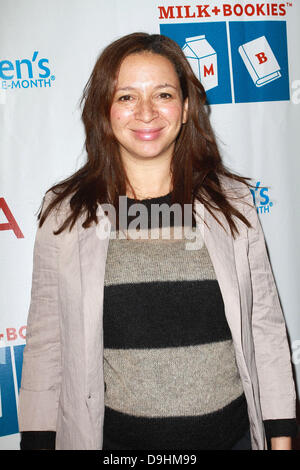 Maya Rudolph at the 2nd Annual Milk and Bookies Story Time Celebration held at The Skirball Cultural Center Los - Stock Photo