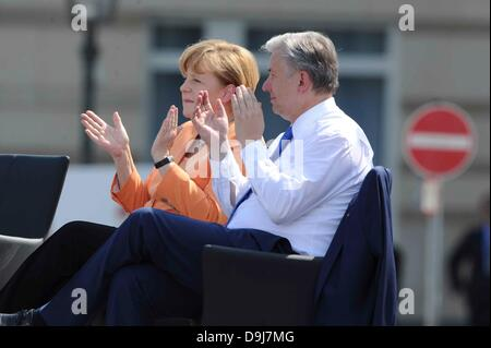 German Chancellor Angela Merkel and Klaus Wowereit Speech of U.S. President American / United States Barack Hussein - Stock Photo